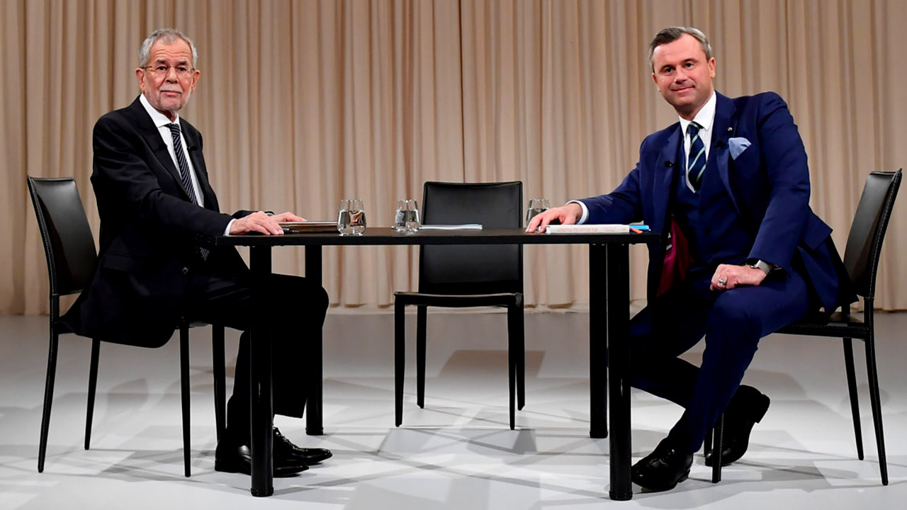 BUNDESPRÄSIDENT: BLAMIERT, BESCHÄDIGT? – ATV Documentary